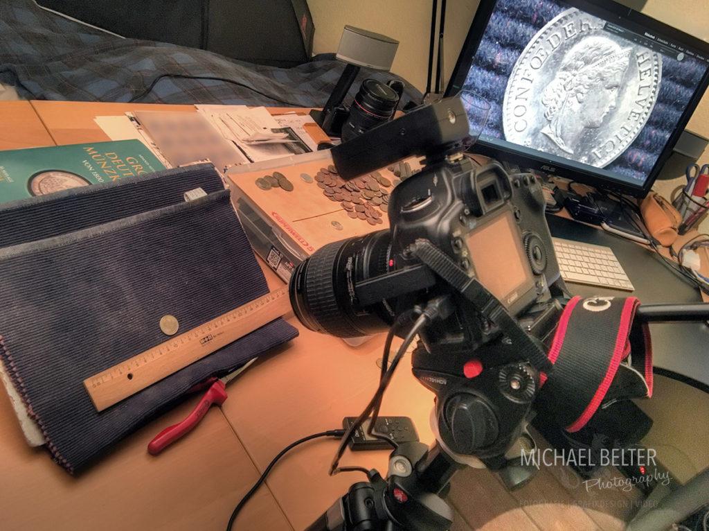 Makrofotografie Aufbau mit Kamera und tethered Shooting © Michael Belter Photography